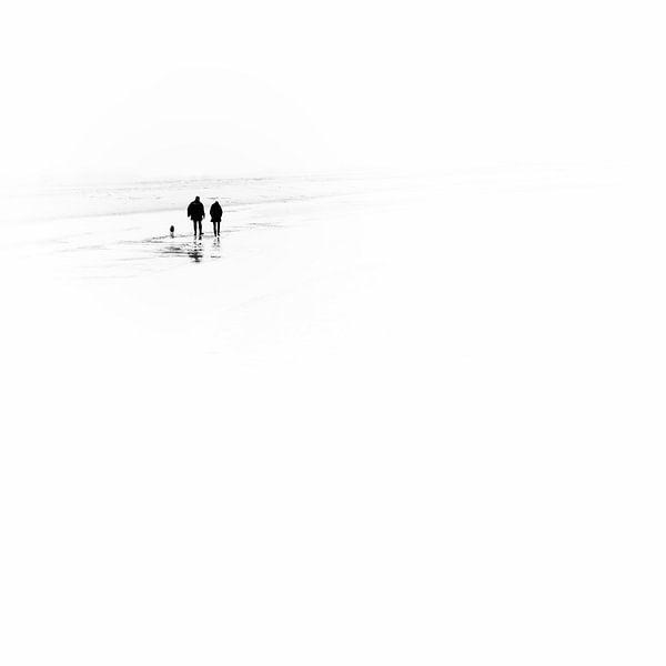 Not alone.... (square) van Bob Daalder