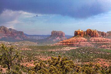 Rote-Felsen-Landschaft in Arizona, Vereinigte Staaten von WorldWidePhotoWeb
