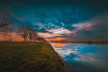 Kanaal door Walcheren sunset van Andy Troy