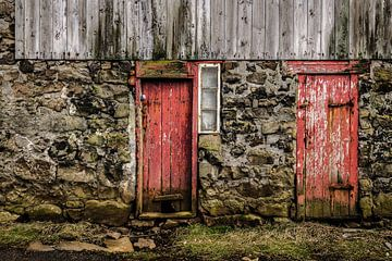 Die roten Türen von Denis Feiner