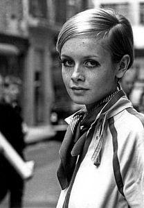 Twiggy in Londen, 1967 (zwart-wit foto)