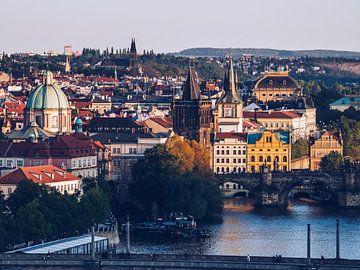 Prager Altstadt / Moldau-Ufer von Alexander Voss