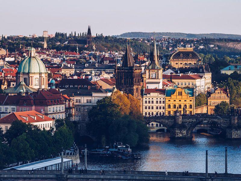 Praag Oude Stad / Vltava Rivieroever van Alexander Voss
