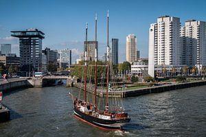 Driemaster Oosterschelde in Rotterdam