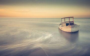 shipwreck vintage style von Johan Strijckers