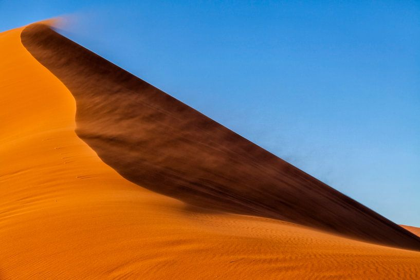 Zand, lucht en wind van Cor de Bruijn