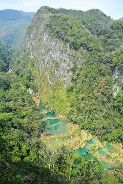Blick auf die Wasserfälle von Semuc Champey Guatemala von My Footprints