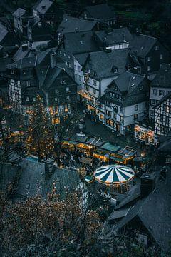 Monschau kerstmarkt van Willi Schubert