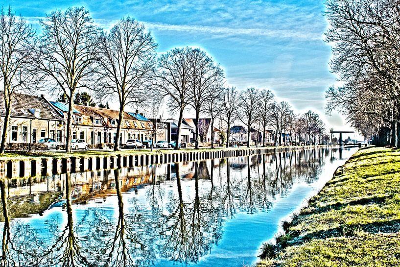 Le canal du Zuid-Willemsvaart avec réflexion sur l'eau sur JM de Jong-Jansen