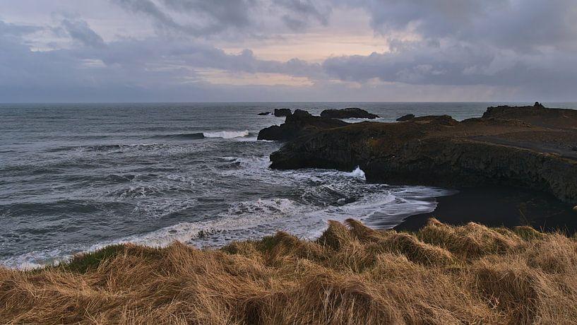 La côte de Dyrhólaey sur Timon Schneider