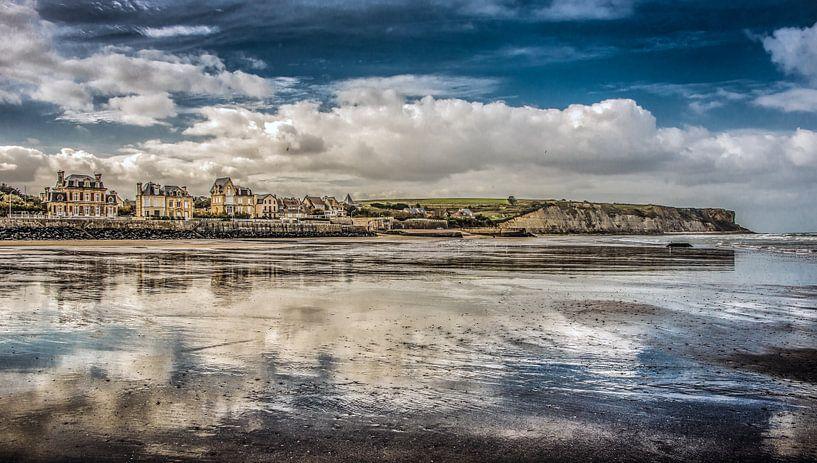 Het strand van Arromanches van Harrie Muis