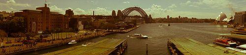 Nostalgic Sydney Harbour and Circular Quay Panorama van Tessa Louwerens
