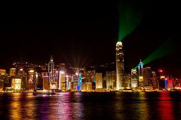 Skyline Hong Kong by night sur Gijs de Kruijf