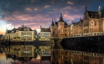 Amsterdam Centraal Station van Mario Calma