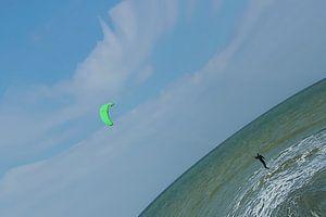 de kitesurfer van