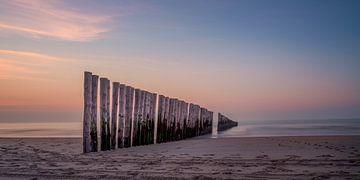 Wellenbrecher in Nieuw-Haamstede von Toon van den Einde
