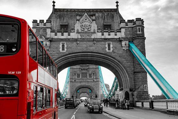 London Tower Bridge  van Sylvester Lobé