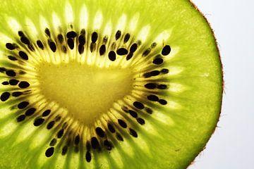 Tranche de kiwi sur Yvonne Smits
