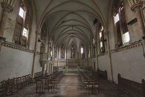 Stoelendans in Kerk