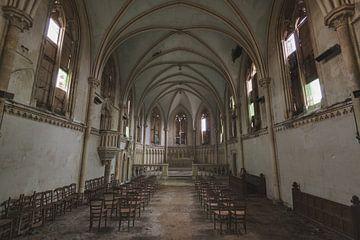 Stuhl Tanz in der Kirche von Perry Wiertz