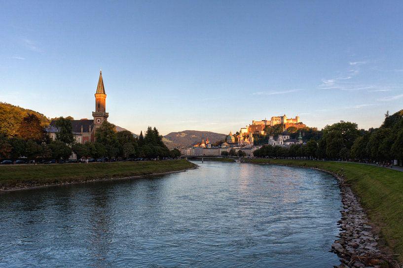 Zicht op Salzburg van Frenk Volt