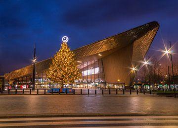 Hauptbahnhof Rotterdam in Weihnachtsstimmung von Arisca van 't Hof