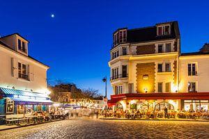 Restaurants near Place du Tertre square on Montmartre hill in Paris