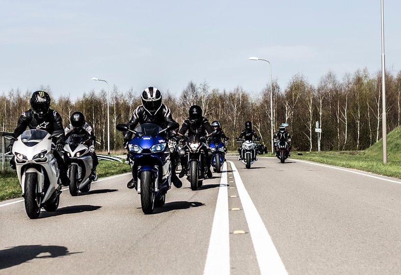 Motorcycle crew holland von Westland Op Wielen