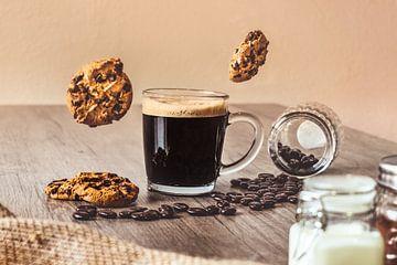 Koffiekop met Vliegende Koekjes van