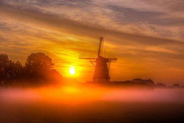 Sonnenaufgang an der Windmühle von Oud Zuilen von Bianca Berger