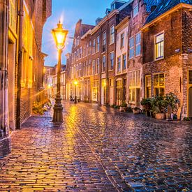 Leiden pendant le soir sur Frans Blok