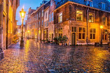 Leiden pendant le soir sur