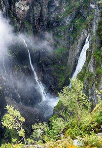 voringfossen waterval in noorwegen