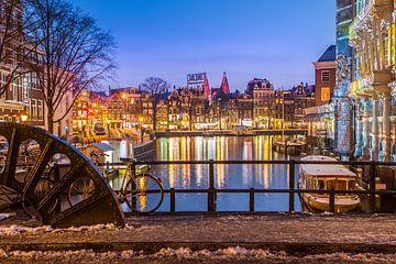 Amsterdam verlicht sur Leon Weggelaar