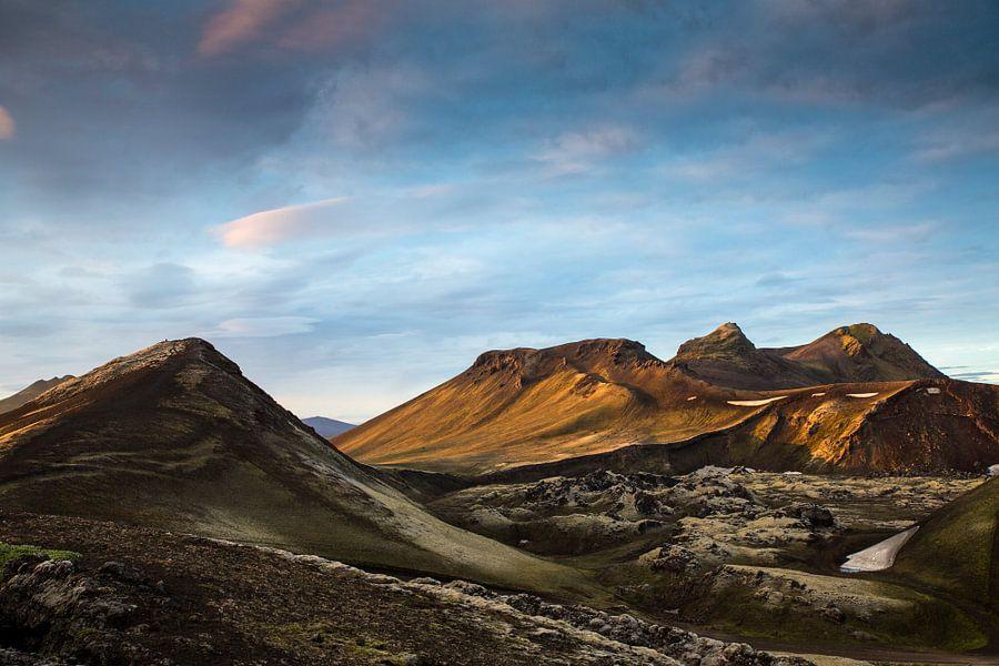 Zonsondergang over de bergen van Ab Wubben