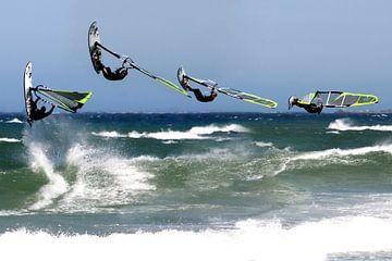 Surfing von Pascal van Dijk