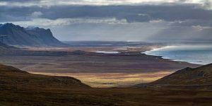Búðavík bay van