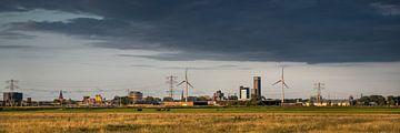 Vue de la ville de Leeuwarden depuis le Boksumerdam.
