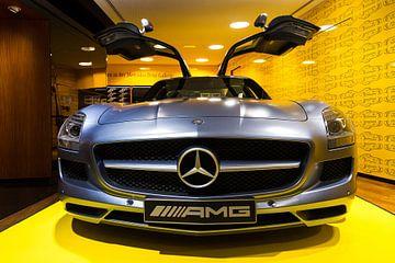 Mercedes Benz SLS AMG front van Dennis van de Water