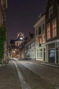 Grote Kerk in Dordrecht in de avond