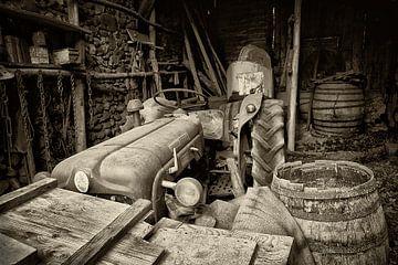 Alte Traktor von Halma Fotografie