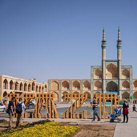 Grote plein in Yazd, Iran van Marcel Alsemgeest