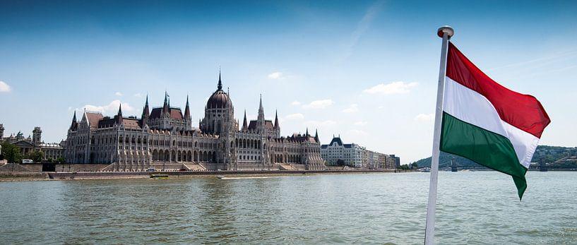 Parlementsgebouw Boedapest aan de Donau van Keesnan Dogger Fotografie