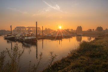 Haven bij zonsopkomst van Moetwil en van Dijk - Fotografie