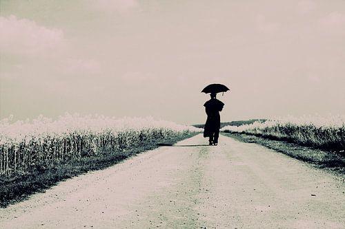 koolzaad pad met lopend figuur von marleen brauers