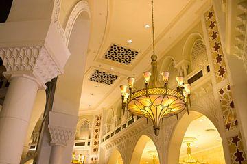 innenarchitektur in der mall oder dubai von Karijn | Fine art Natuur en Reis Fotografie