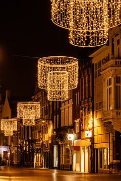 Breda - Veemarktstraat in de avond van I Love Breda
