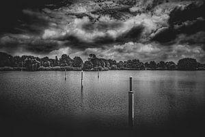 Wolken über dem See von n.Thi Photographie