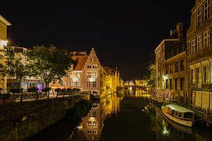 Gent bij avond. De Leie met links het Grootkanon De Dulle Griet
