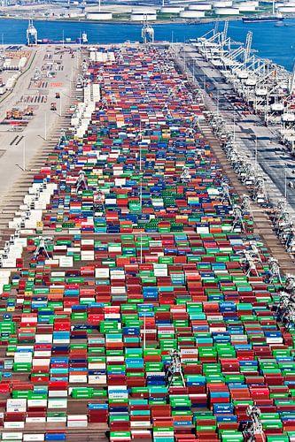 Luchtfoto Rotterdamse haven van Anton de Zeeuw